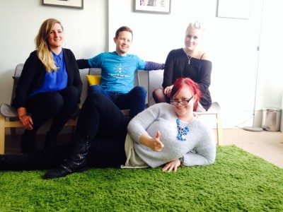 SALON EVOLUTION 'LIGHT IT UP BLUE' IN SUPPORT OF WORLD AUTISM DAY