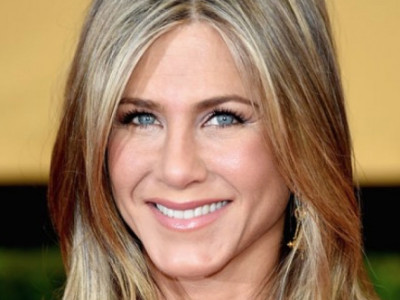 Jennifer Aniston reveals her top celebrity beauty secret!